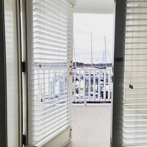 balcony open