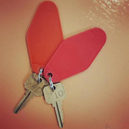 keys front desk